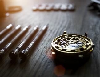 tommy hilfiger watch repair